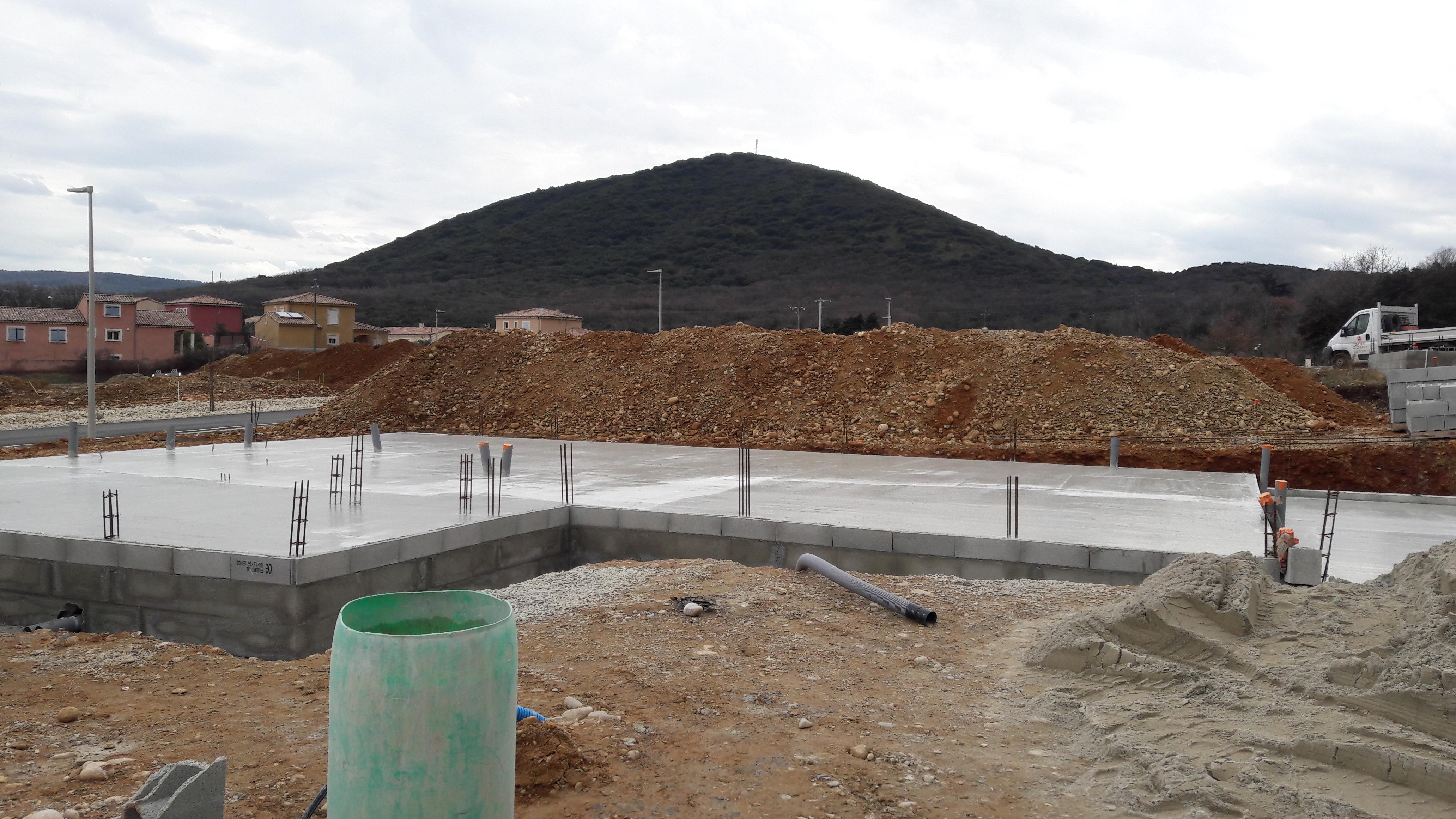 Nos maisons en cours de construction sur malataverne top for Top constructeur maison
